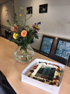 bloemen en taart 35 jaar